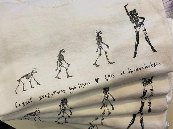 Image of Homosapien Voguer T-shirt