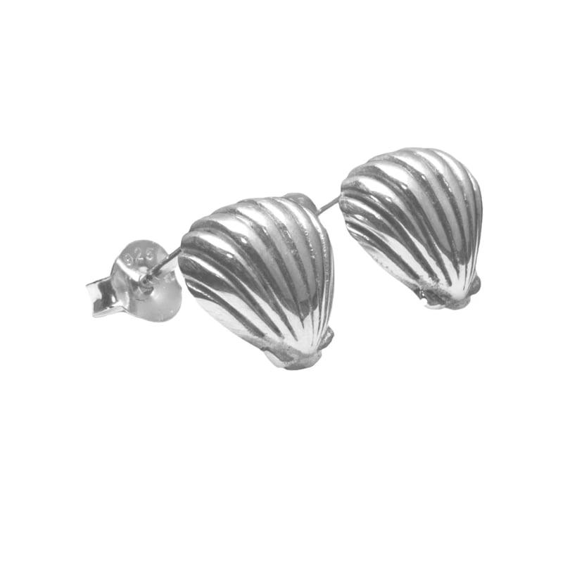 Image of Luna&Rose. Shell we dance? Earrings.