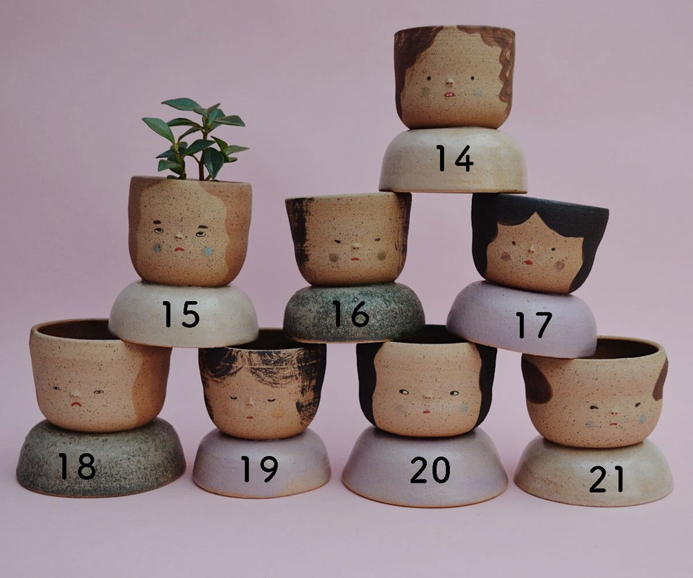 Image of Small Niña Planters- Speckled Peach