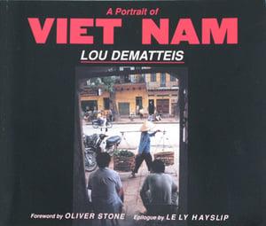 Image of A PORTRAIT OF VIET NAM (paperback)