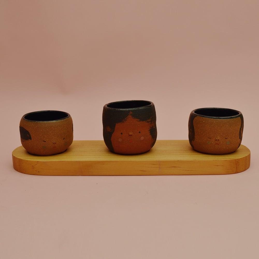 Image of Niña y Chico Set on Wood Tray