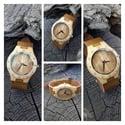 Montre en bois décor arbre - Petit modèle