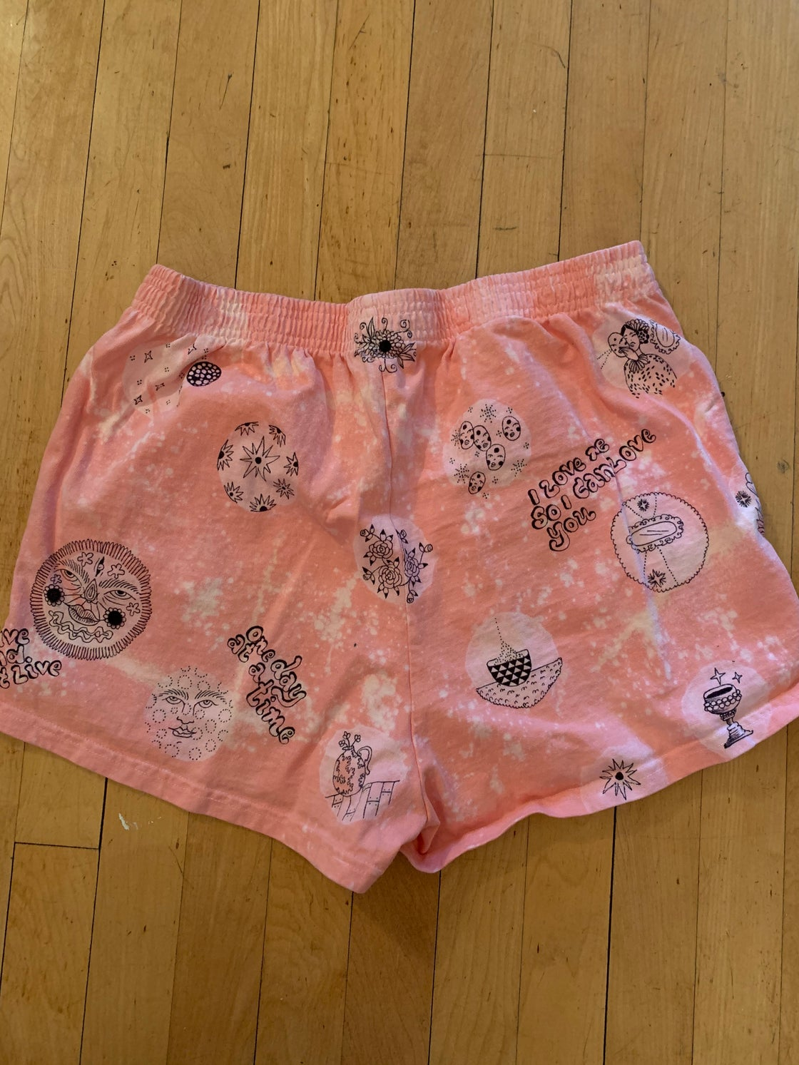 Image of MAGIC PINK LOUNGE SHORTS