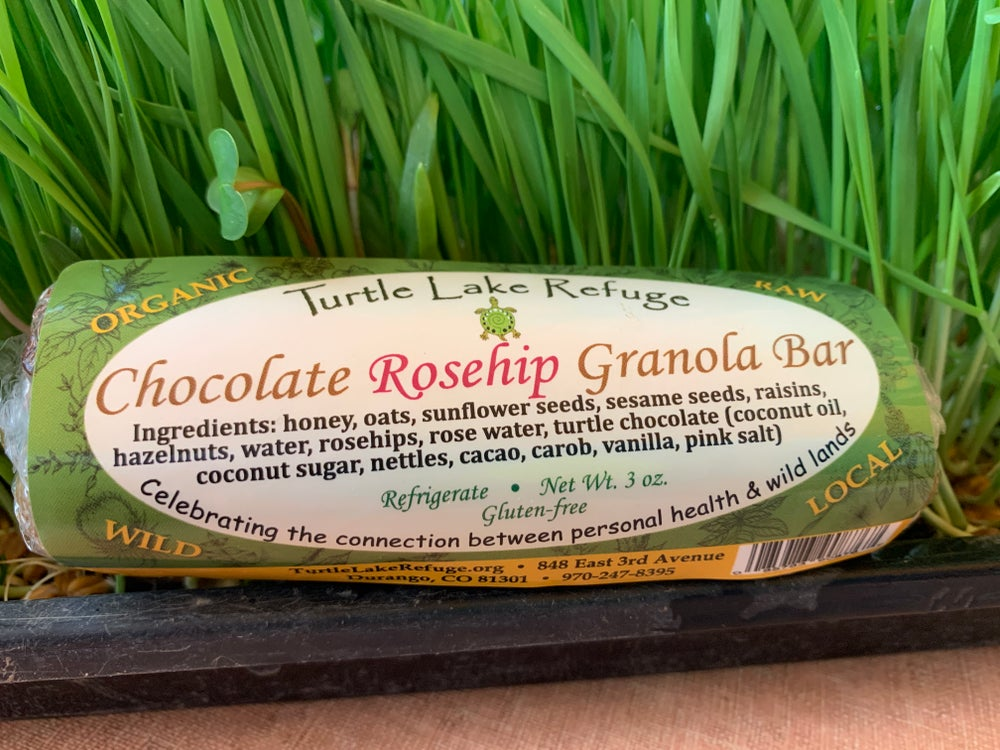Chocolate Rosehip Granola Bar