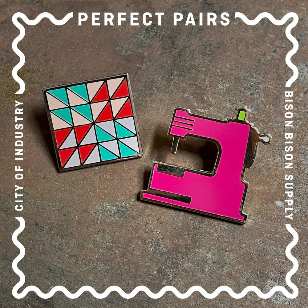 Image of Perfect Pairs: Sewing Machine + Quilt Block