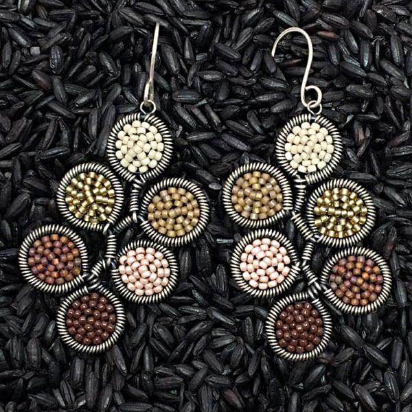 Image of 6 dot Earrings in Honeycomb