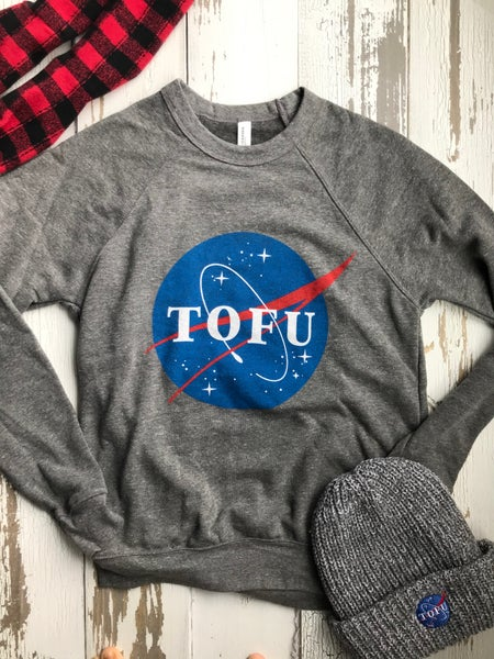 Image of Tofu raglan crew neck sweatshirt
