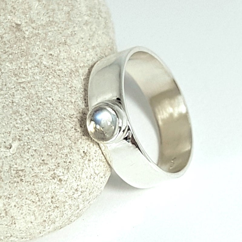 Image of Sterling Silver and Moonstone Ring