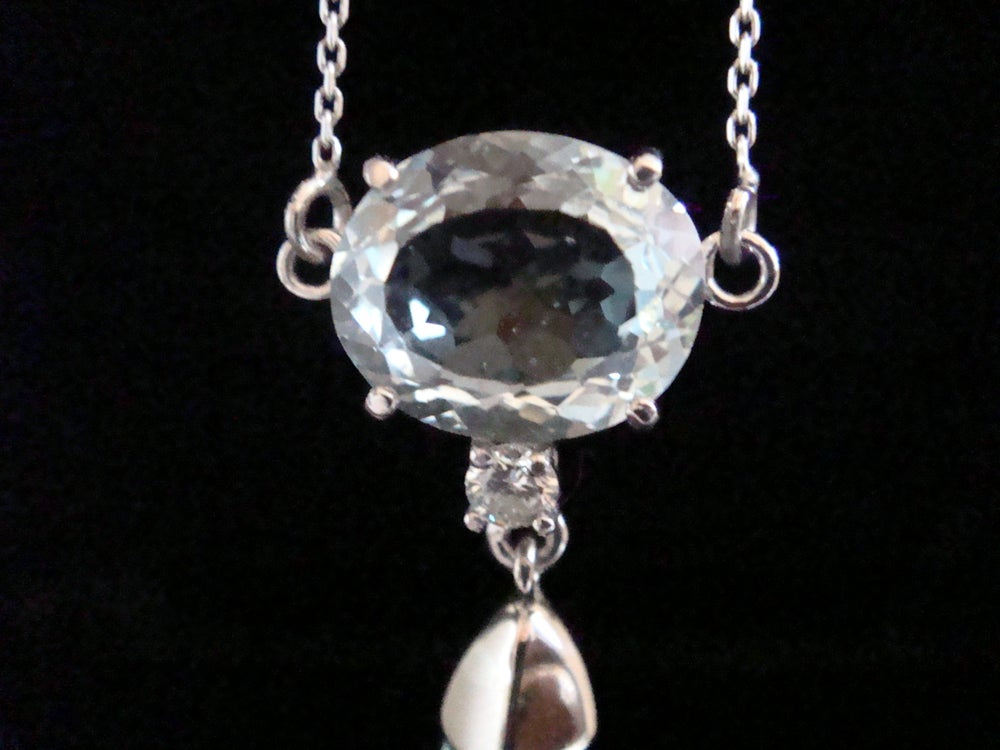 Image of Large natural aquamarine and diamond necklace set in 18ct white gold