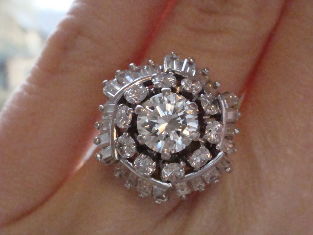 Image of Vintage 18ct 3.00ct diamond cocktail ring, 1ct centre stone ballerina ring
