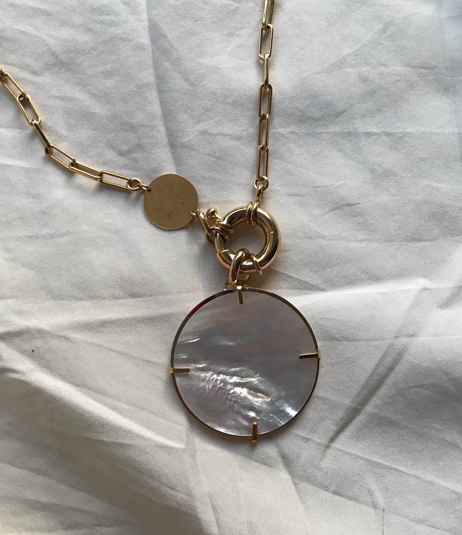 Image of SOLD OUT - PENDENTIF AMOVIBLE LUNE