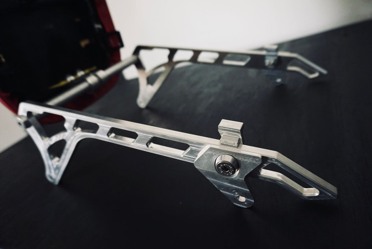 LUSSO SEAT FRAME