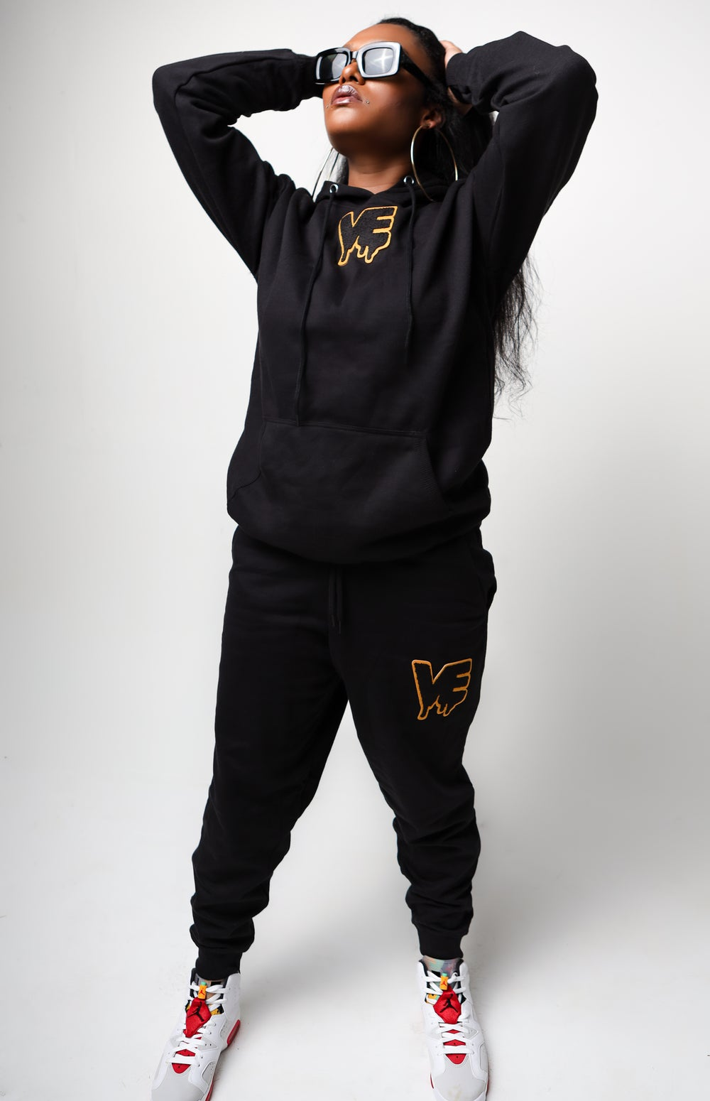"Black Unisex ""In The Middle"" Drip Patch Sweatsuit"