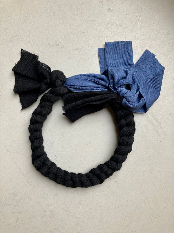 Image of Wool and Silk Chain / Hairband, Black / Saphire