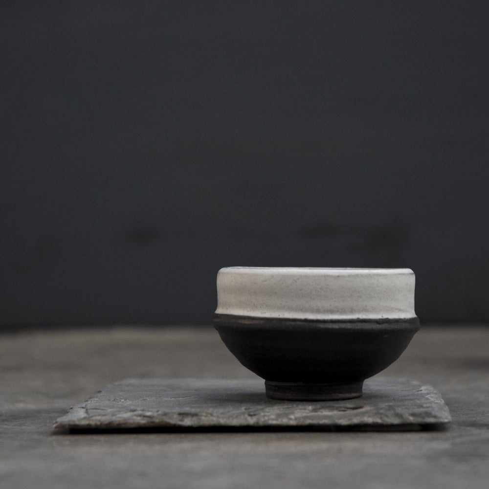 Image of Tiny Bowl 002