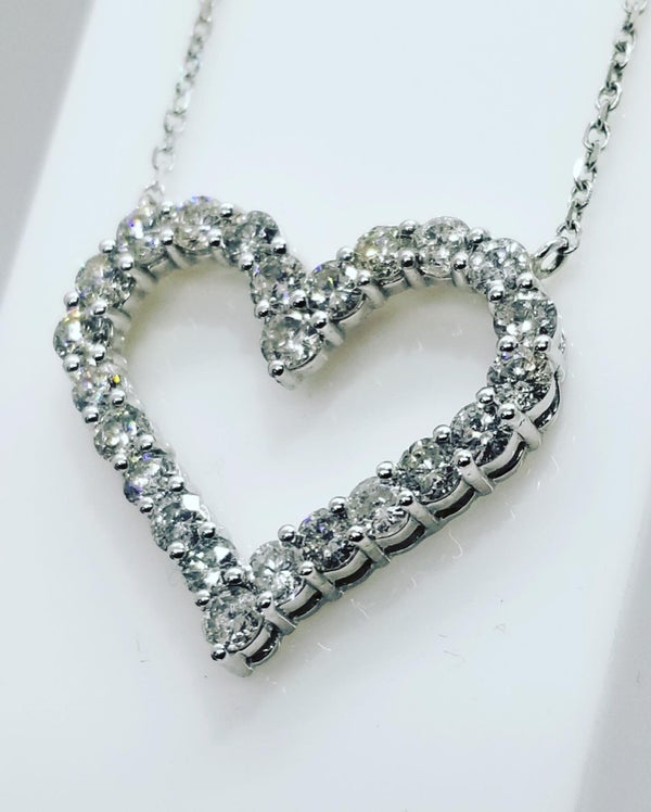 Image of White Gold Diamond Heart
