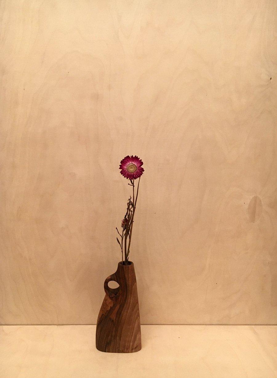 Image of vase #4