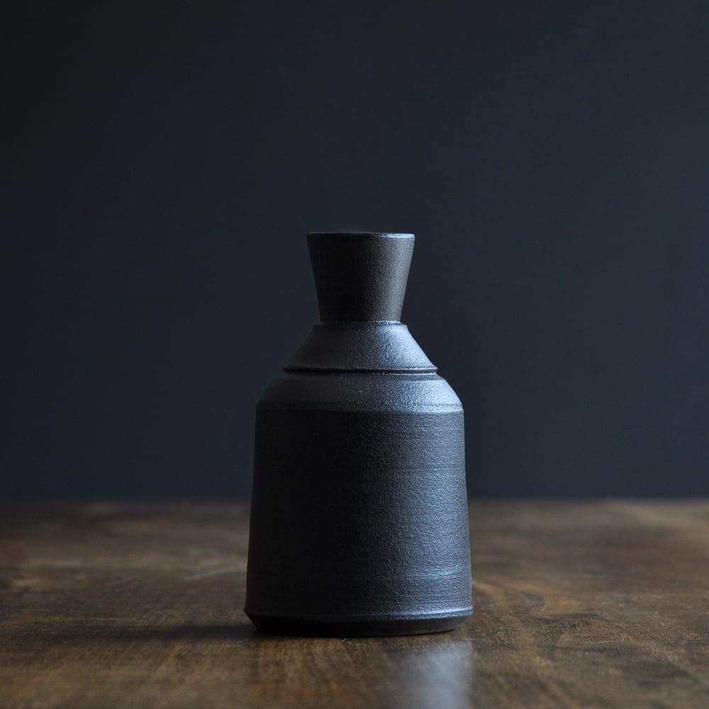 Image of Black Bottle 004