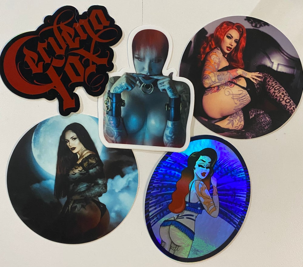 Cervena signature sticker pack