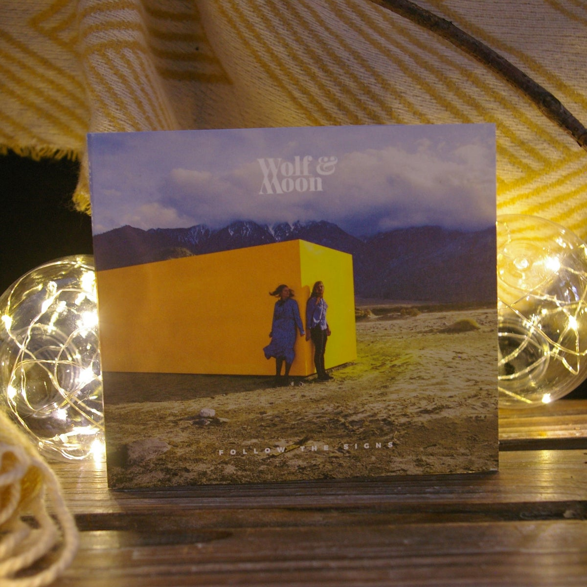 Wolf & Moon - Follow The Signs - LP CD