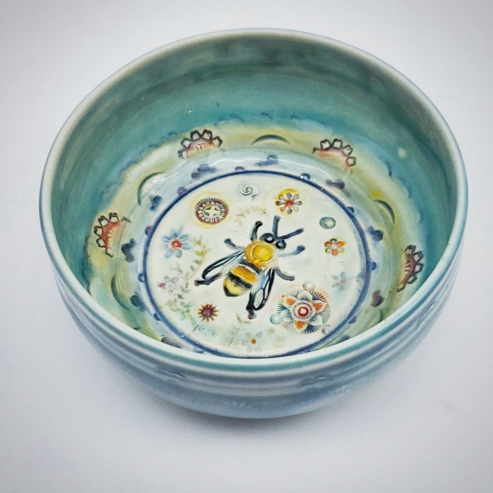 Image of Bumble Bee Dish