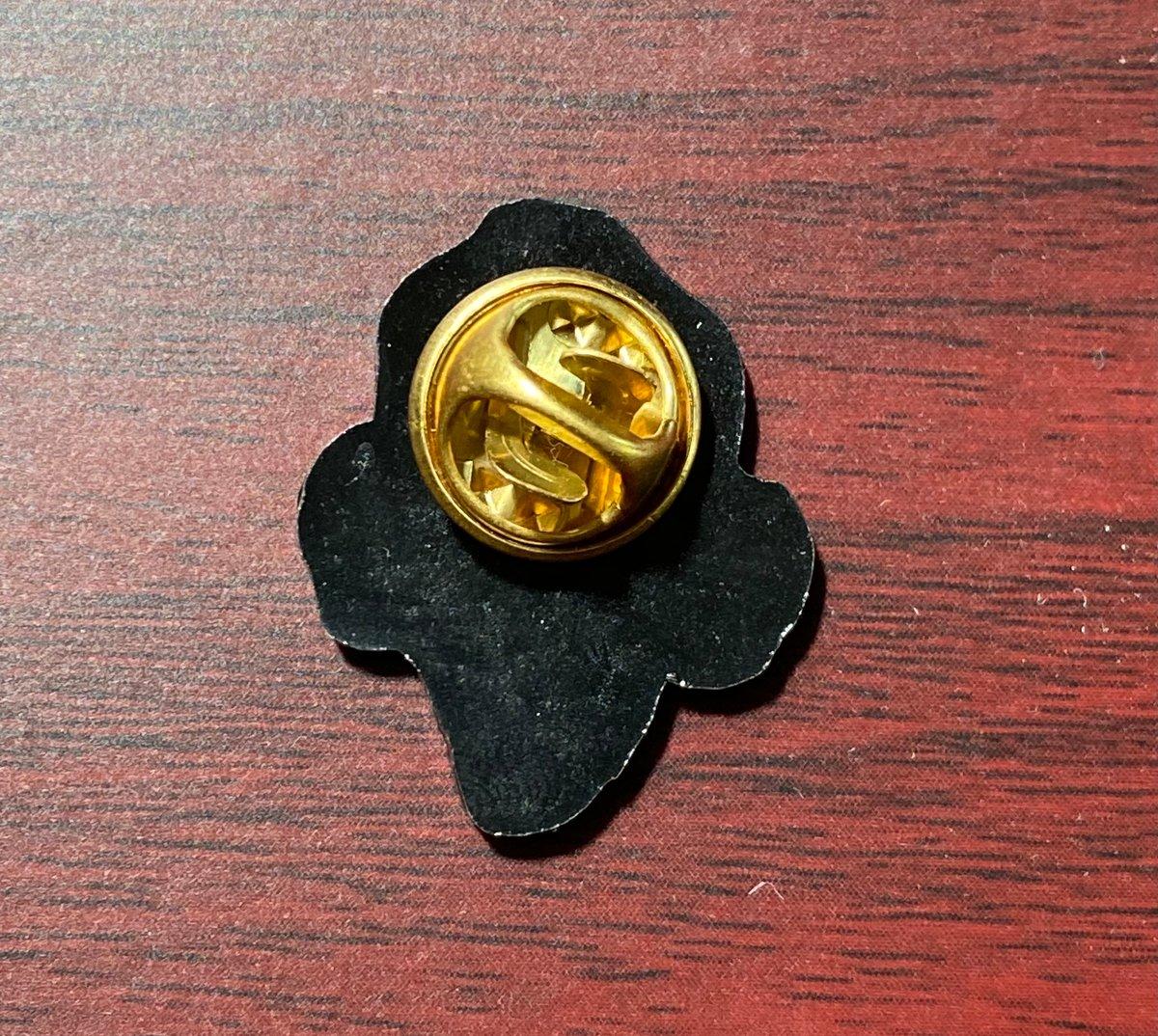 Image of Gatillazo (Evaristo) Metal Pin