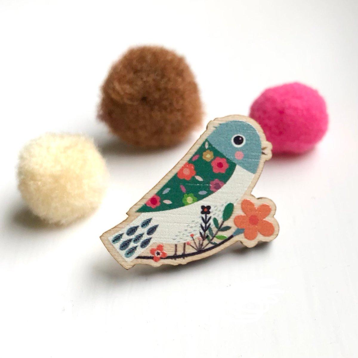 'Little Birdie' - wooden pin