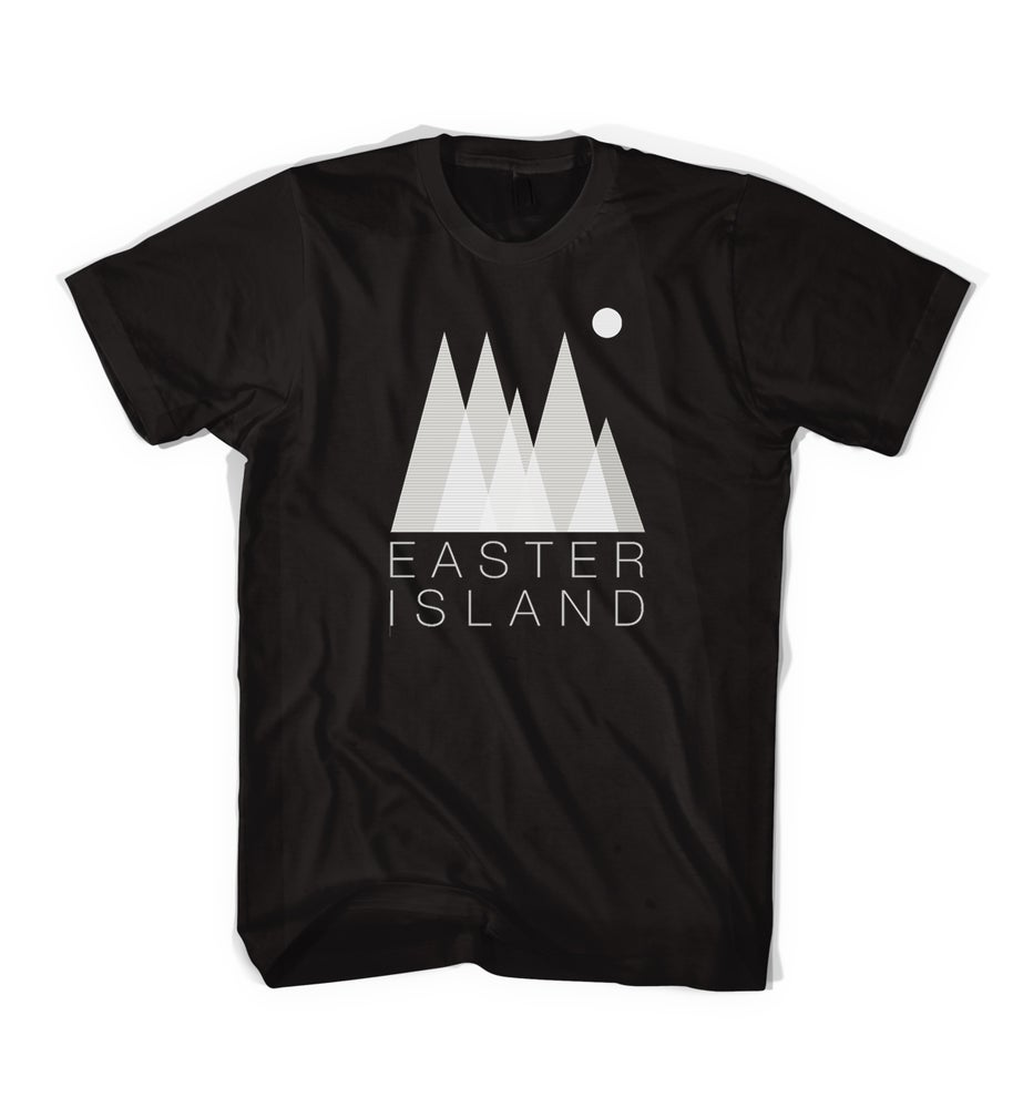 "Image of Easter Island ""Forest"" Tee - Black"