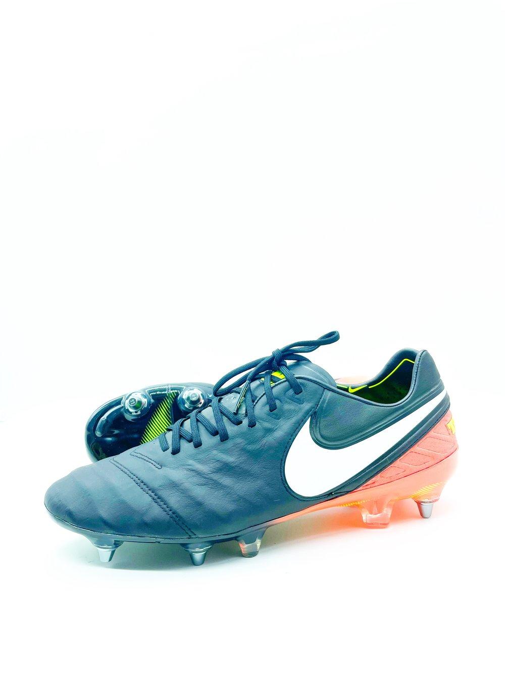 Image of Nike tiempo VI SG-pro