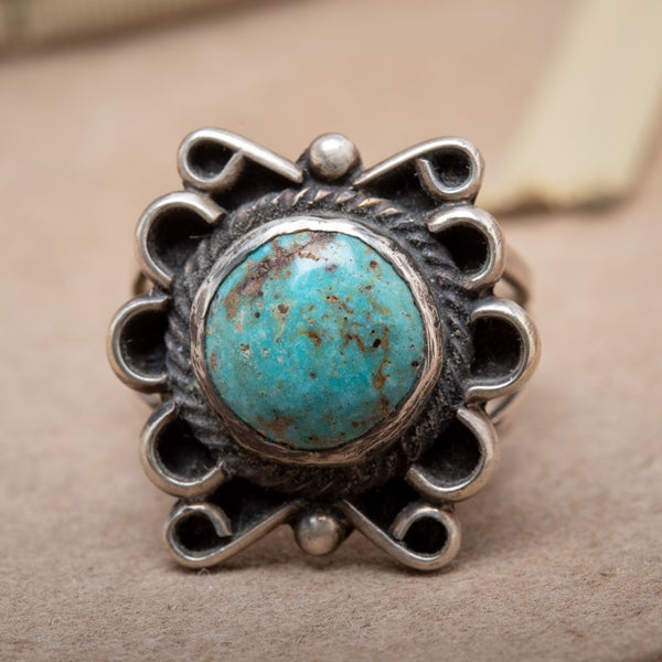 Image of Sterling Silver and Turquoise Navajo ring with Turquoise from Cripple Creek Mine Size 6.25