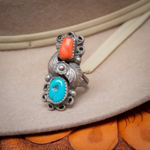 Image of Vintage Navajo Sterling Silver Ring with Turquoise and Coral leaf pattern cluster size 5.25