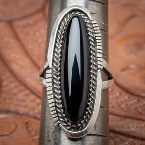 Image of Vintage Navajo Sterling Silver Ring with shaped Long Oval Black Jet stone  Size 8.75