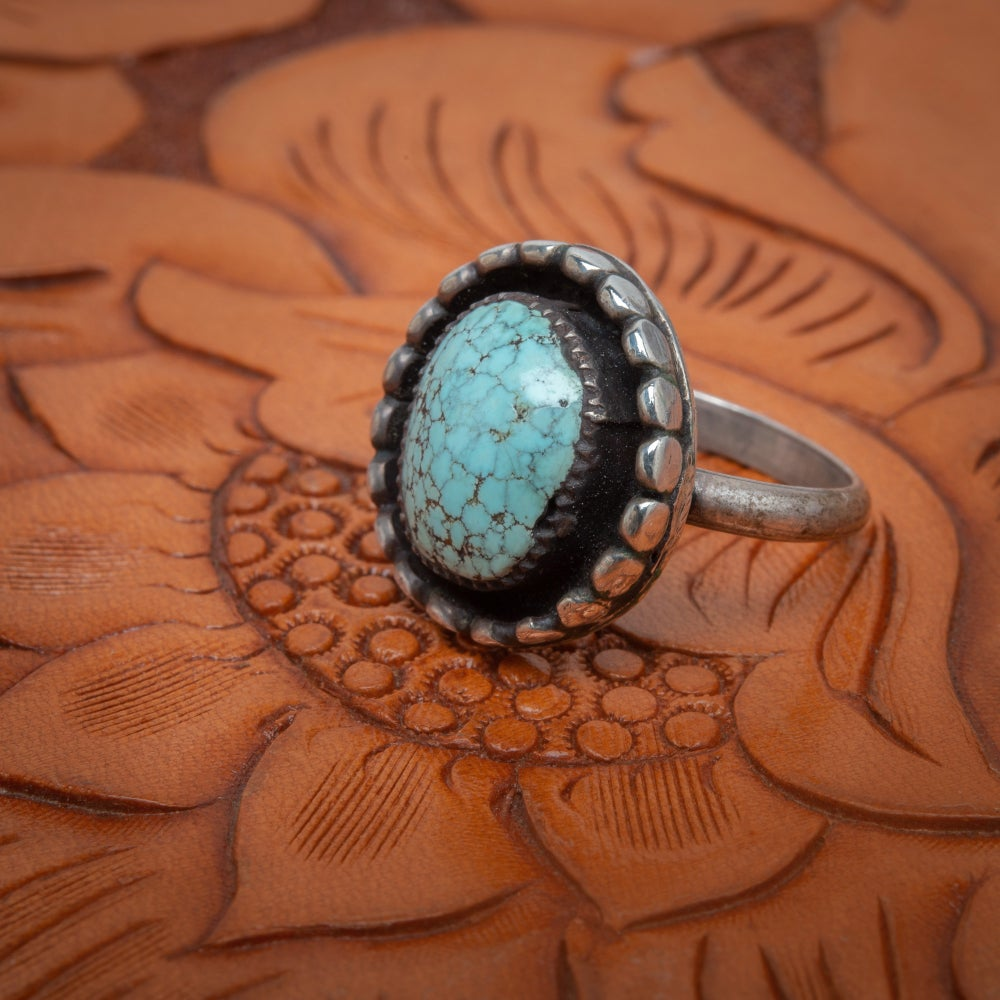 Image of Vintage 1975 Turquoise and Sterling Silver Ring Flower Blossom Petal design. Ring Size 5.5