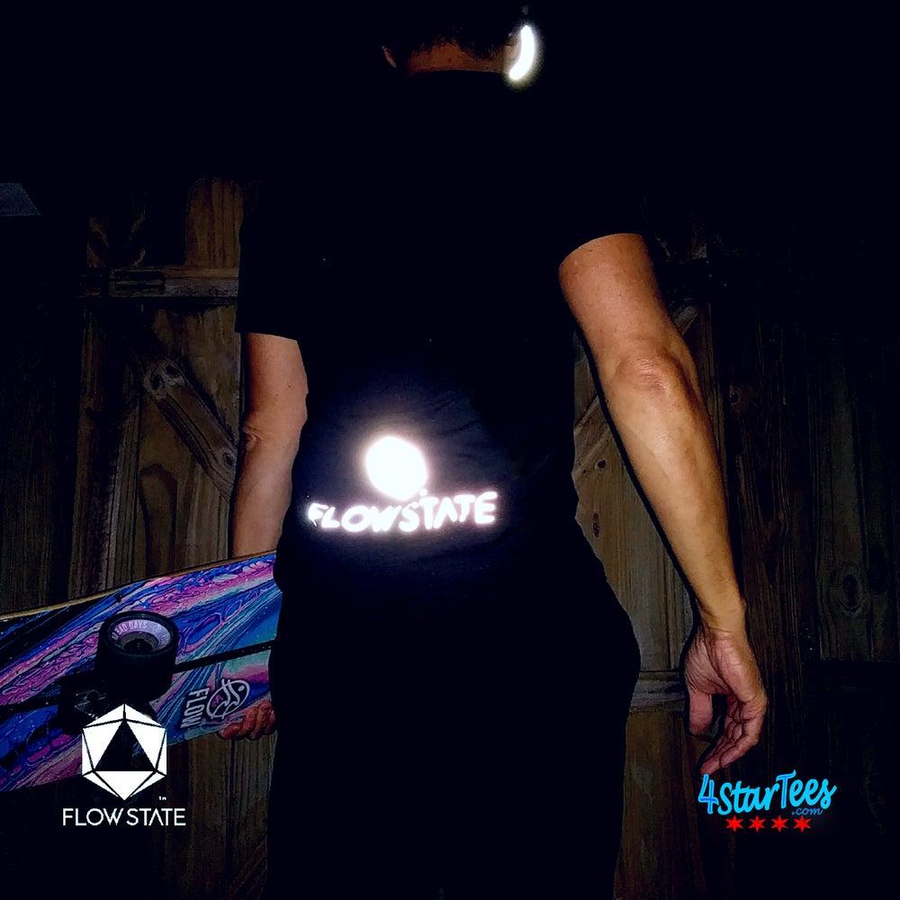 Image of FLOW STATE Reflective Athleisure Tee - Heather Marine Green