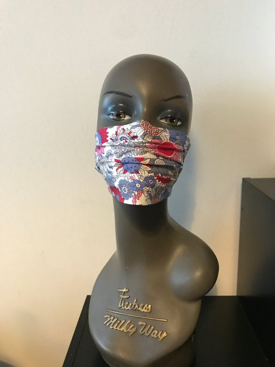 Image of Cotton floral printed face mask (2colours)