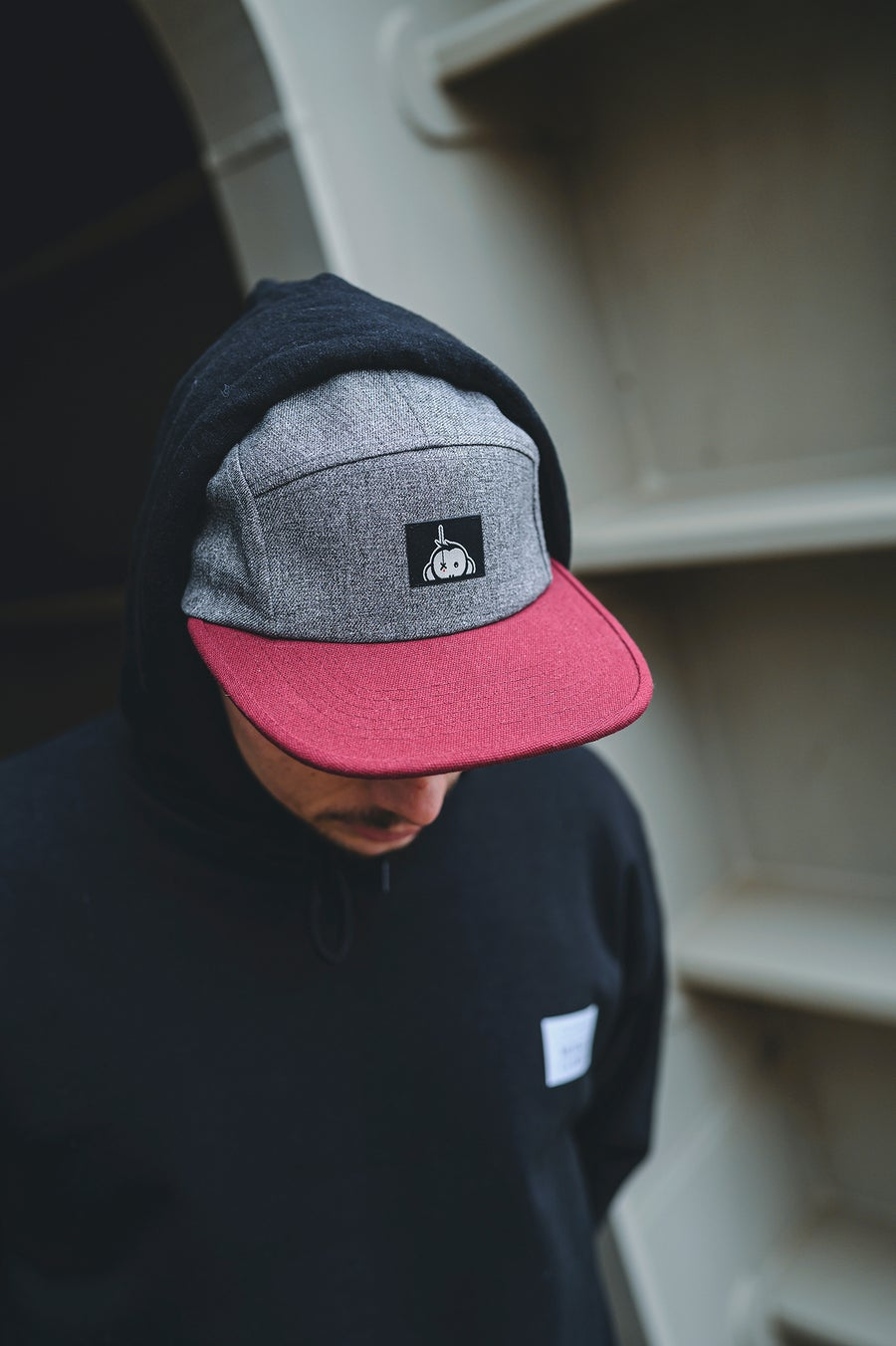 Image of Monkey Climber TwoTone Halfawrap 5 panel I Grey/Burgundy