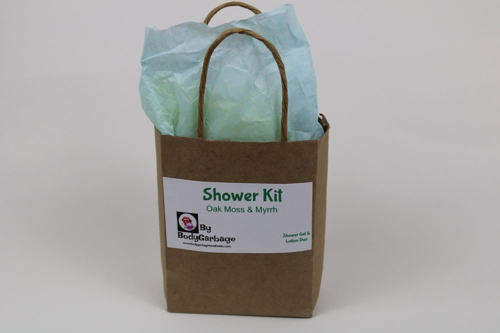 Image of Oak Moss & Myrrh Shower Kit Duo