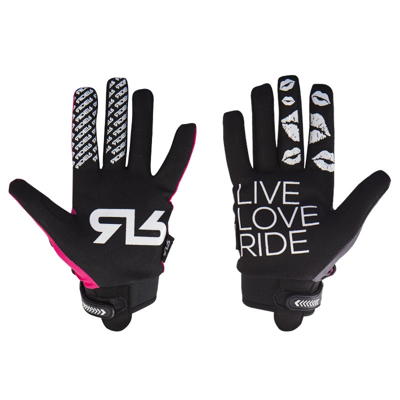 Image of Kisses gloves