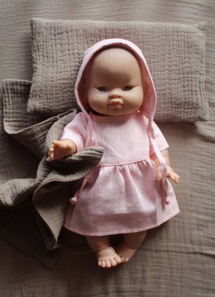Image of Minikane linen doll clothing