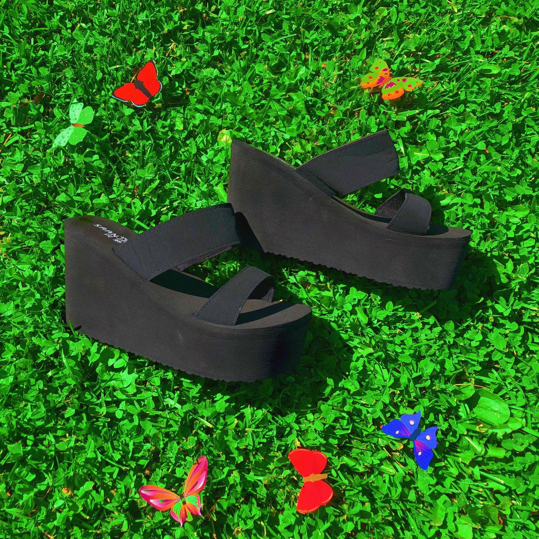 Image of Y2k Wedge Sandals