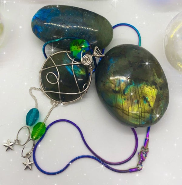 Image of labradorite necklace with rainbow chain