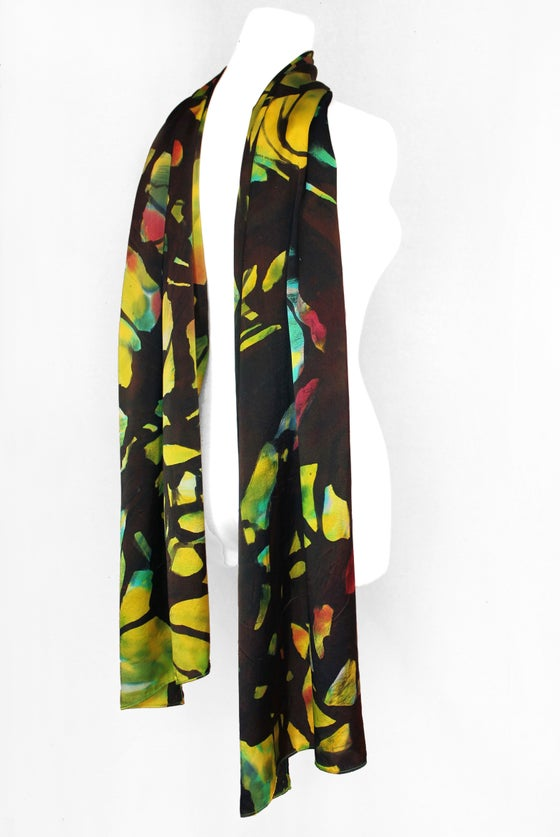 Image of GREEN AND BLACK SILK SCARF