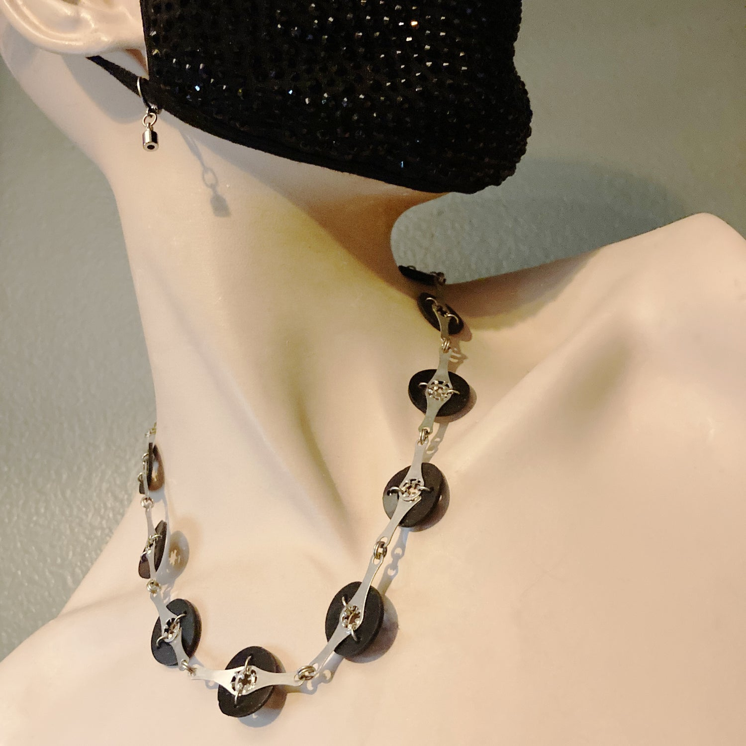 Image of Convertible Mask Chain #1