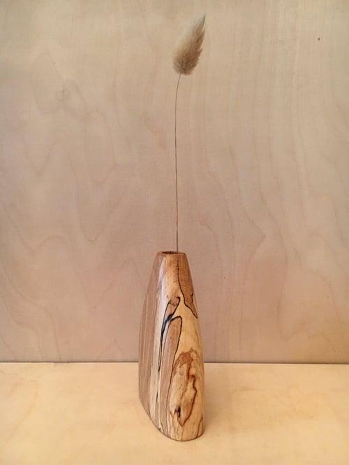 Image of vase #3 en hêtre