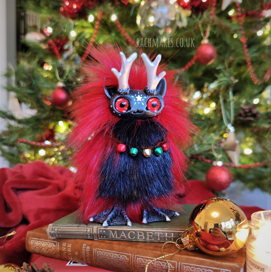 Image of Festive Red and Midnight Blue Star Staglett