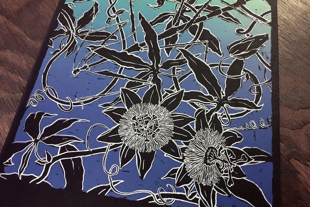 "Image of silkscreen print ""passiflora"" (blue)"