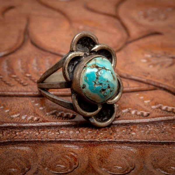 Image of Vintage Sterling Silver Ring with beautiful Turquoise stone with matrix Size 5.5
