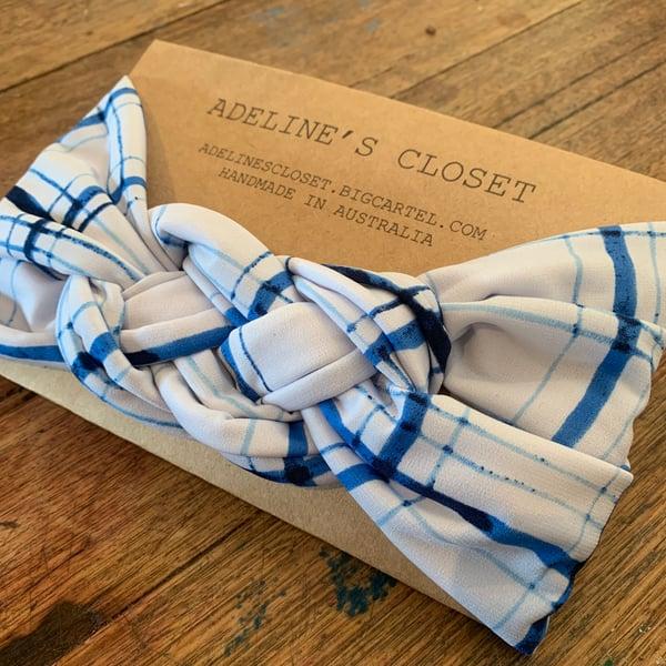 Image of Tie dye lines headwrap