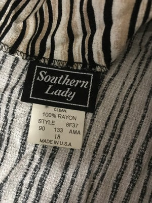 Image of Southern Lady