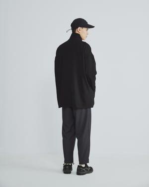 Image of TRAN - 高領盤釦外套 (黑)